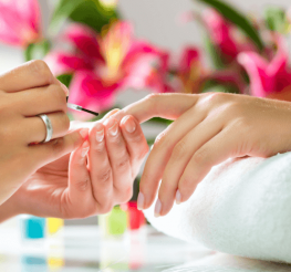 Difference between a Manicure and a Pedicure
