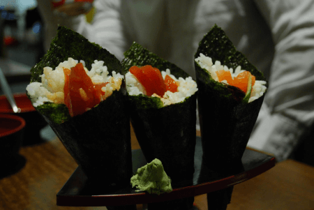 Hand roll or temakia sushi