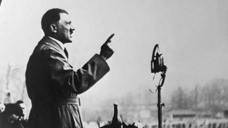 Adolf Hitler, a dictator