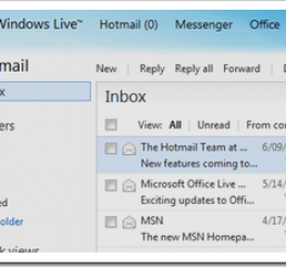 Difference between an Email Client and Webmail