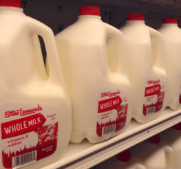 Difference between Whole Milk and 2 Percent Milk